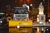 استقرار ماشین آلات منطقه دو در شب برفی رشت